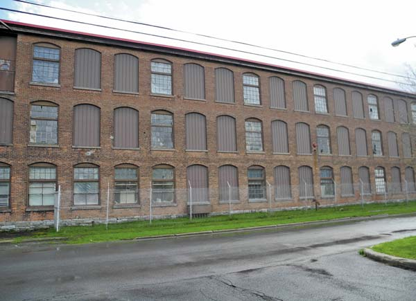 he former Diana Knitting Mill
